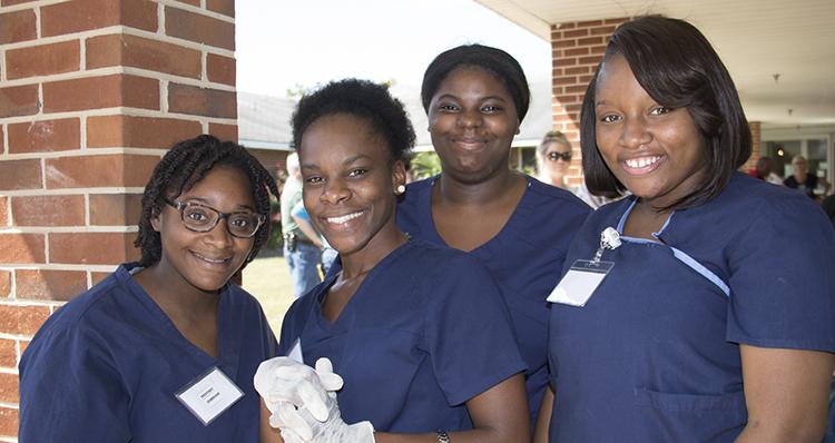 4 nurses002