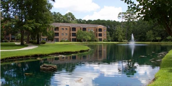 Apartments & Villas